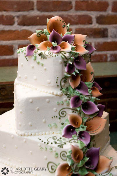 Red white and black wedding cake Wedding cake with purple and orange