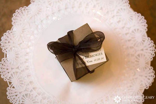 Brown wedding favor gift box