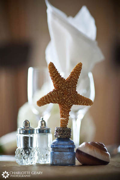 Starfish decoration for a beach wedding