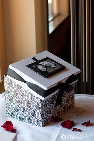 Card box with framed engagement portrait