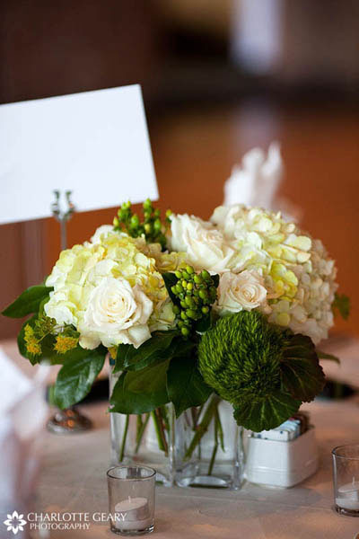Centerpiece of roses and hydrangeas