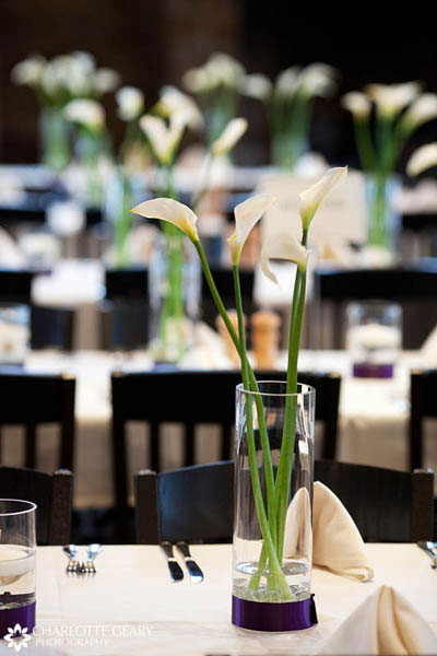 Calla lily centerpiece in glass vases