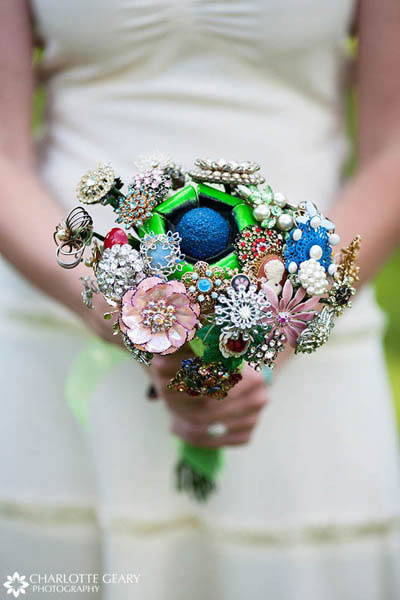 Bouquet made of the heirloom brooches
