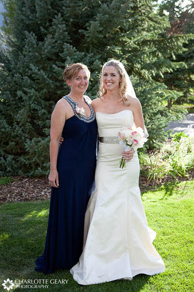 Mother of the bride in a navy blue dress