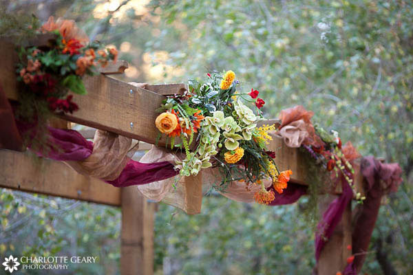 Altar decorations for a fall wedding
