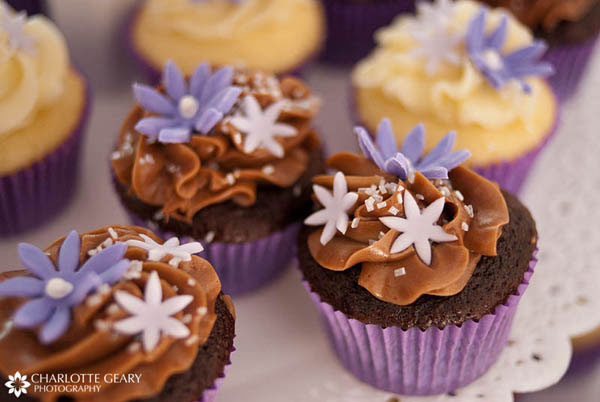 Purple chocolate cupcakes