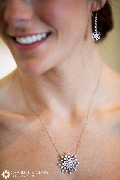 Snowflake jewelry for a winter wedding